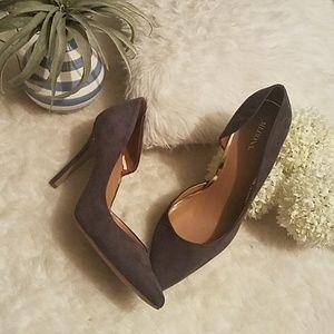 Merona Size 11 Heels Grey